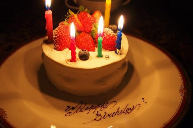 小さめの手作り誕生日ケーキ
